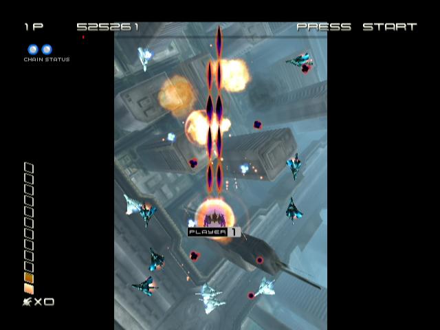90973-ikaruga-gamecube-screenshot-i-m-being-circled-by-enemy-planes