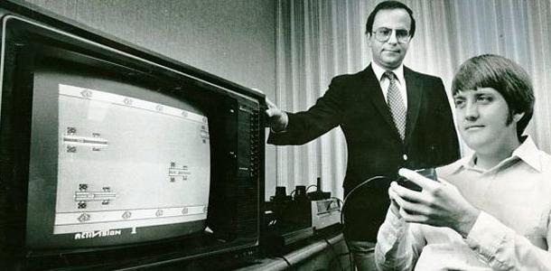 David Crane y Jim Levy en la sede de Activision Xtreme Retro